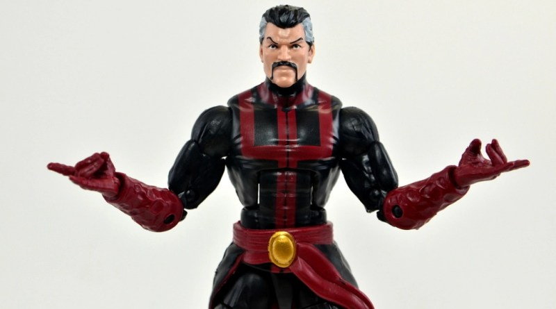 marvel-legends-doctor-strange-figure-review-main-pose