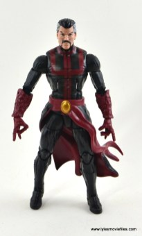 marvel-legends-doctor-strange-figure-review-straight