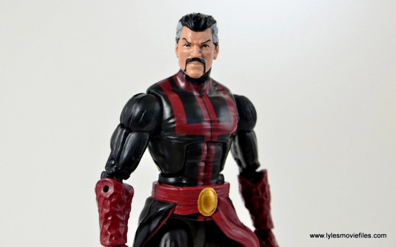 marvel-legends-doctor-strange-figure-review-wide-pose