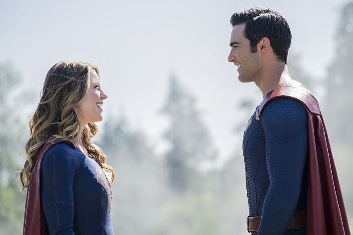 supergirl-the-adventures-of-supergirl-review-supergirl-and-superman