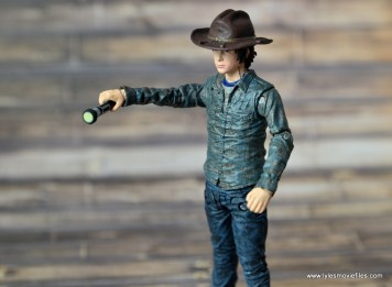 the-walking-dead-carl-grimes-figure-review-series-7-holding-flashlight
