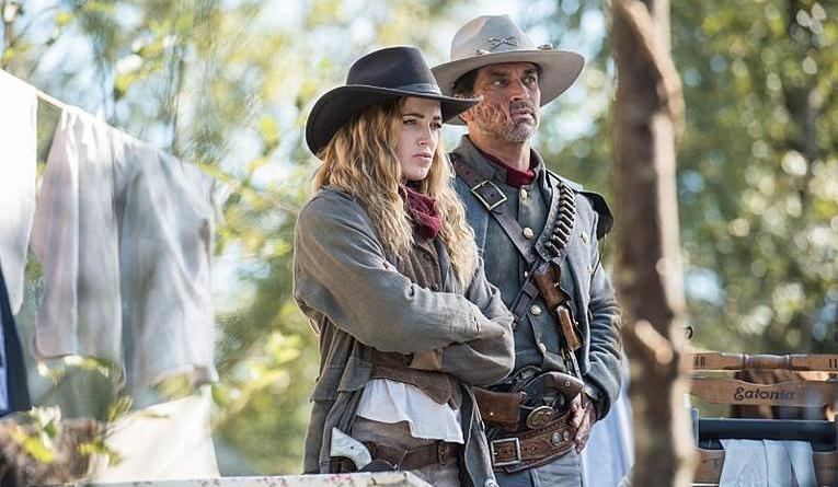 legends-of-tomorrow-outlaw-country-sara-and-jonah-hex