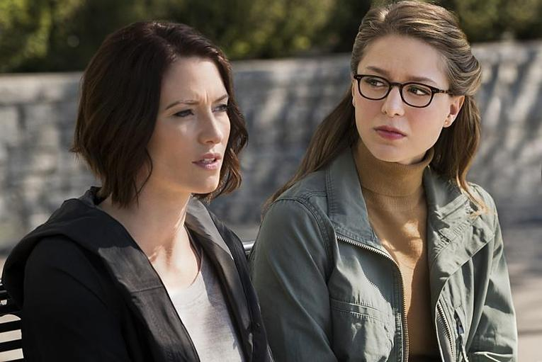 supergirl changing review-alex-and-kara
