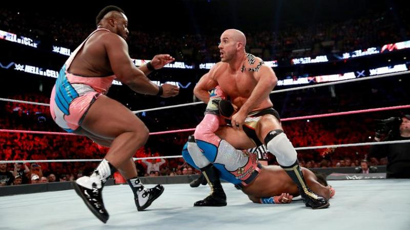 wwe-hell-in-a-cell-2016-new-day-vs-sheamus-and-cesaro