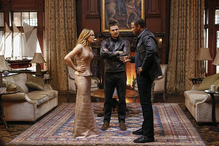 arrow-invasion-review-sara-oliver-and-diggle
