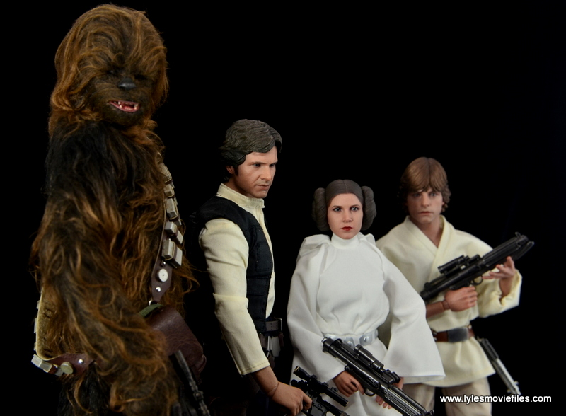 Hot Toys Princess Leia figure review -scale with Chewbacca, Han Solo and Luke Skywalker