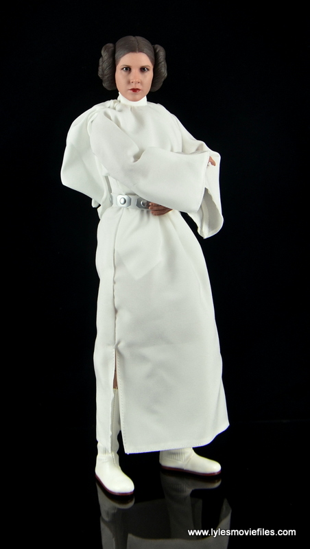 Hot Toys Princess Leia figure review - standing