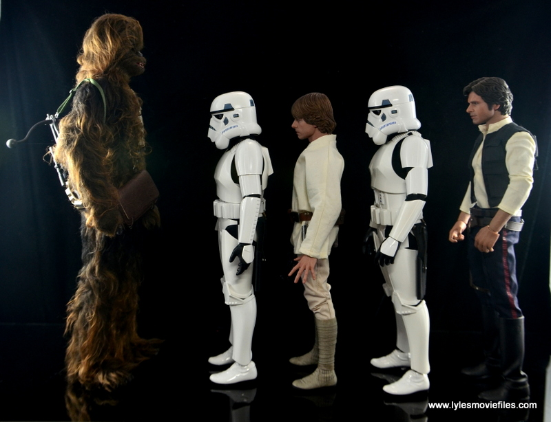 Hot Toys Stormtroopers figure review - scale with Chewbacca, Luke Skywalker and Han Solo
