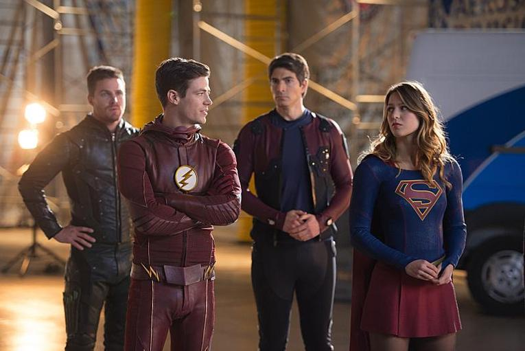 legends-of-tomorrow-invasion-review-oliver-barry-ray-and-supergirl