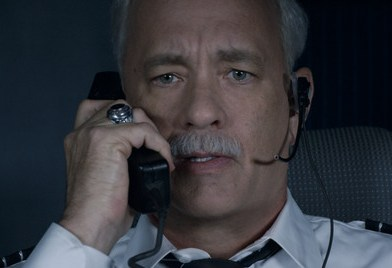 Sully review – Hanks effortlessly pilots another Oscar contender