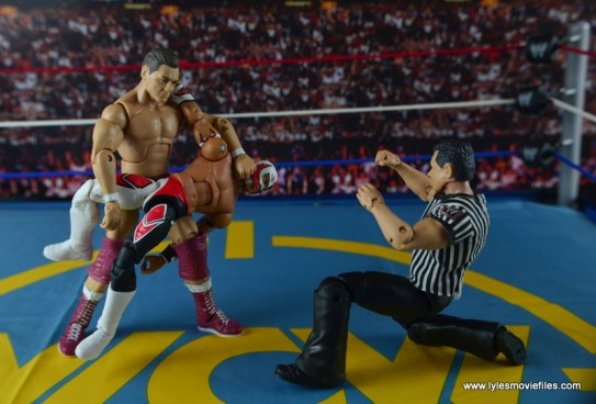 WWE Elite 45 Steve Regal figure review -submission hold to Rey Mysterio Jr.
