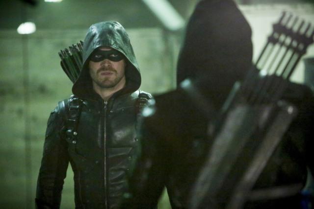 Arrow Who Are You review - Green Arrow vs Prometheus