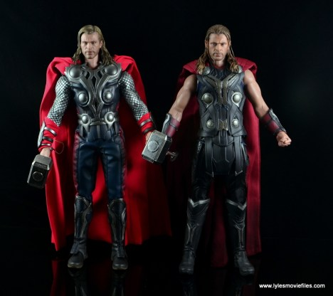 Hot Toys Thor figure review Avengers Age of Ultron -with Avengers Thor