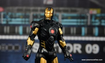 Marvel Legends Marvel Now Iron Man figure review - main pic