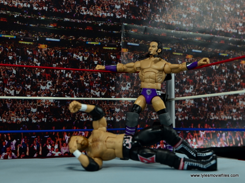 WWE Elite 42 Neville figure review - ready to climb to the top rope