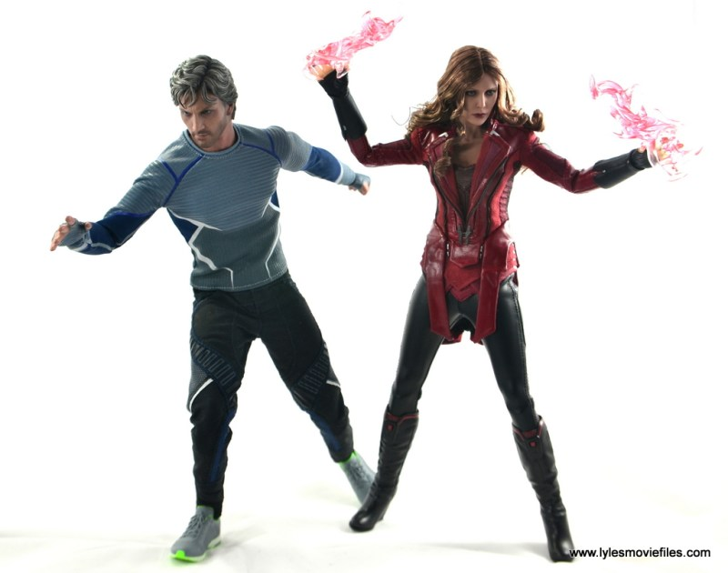 Hot Toys Scarlet Witch figure review - ready to fight with Quicksilver