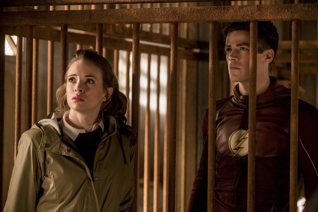 The Flash Attack on Gorilla City review - Caitlin and Barry