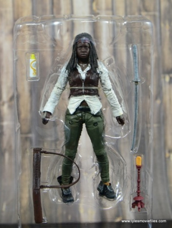 The Walking Dead Michonne figure review - accessories in tray