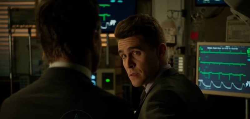 Arrow Checkmate review - Adrian Chase