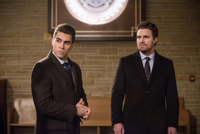 Arrow-Fighting-Fire-with-Fire-review-Adrian-and-Oliver
