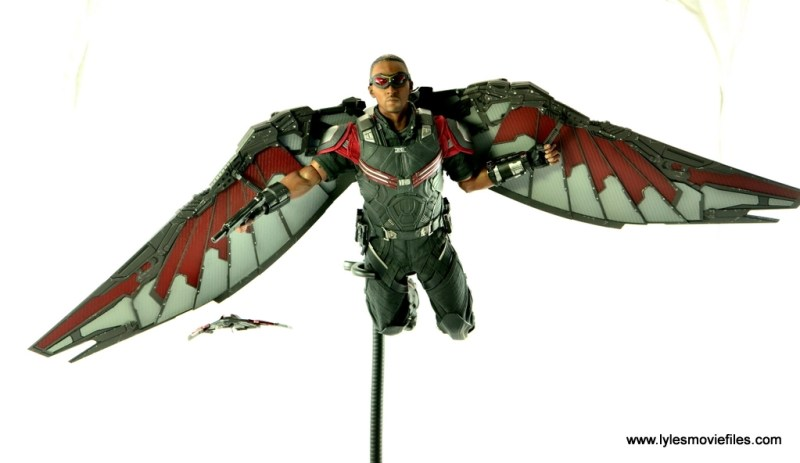 Hot Toys Captain America Civil War Falcon figure review -flying with wings down