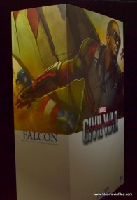 Hot Toys Captain America Civil War Falcon figure review -package right side