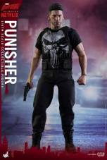 Hot Toys Netflix The Punisher figure -no jacket
