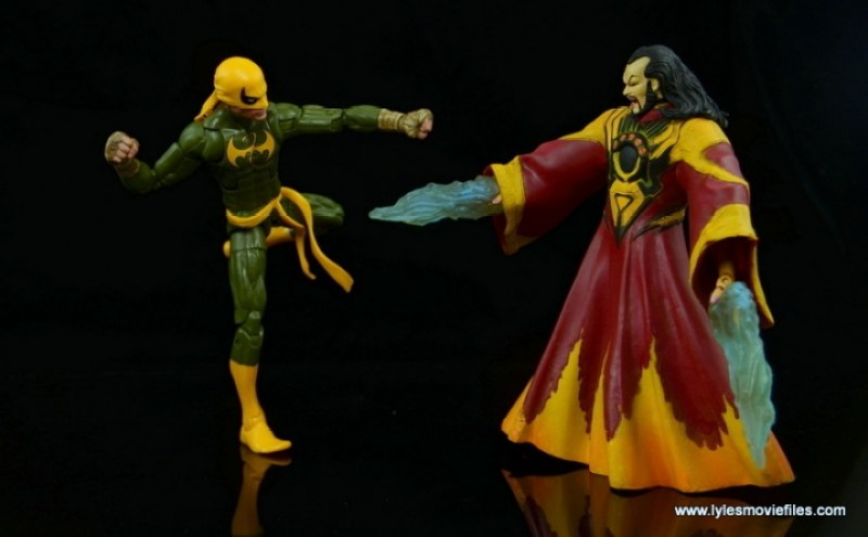 Marvel Legends Iron Fist figure review - vs The Mandarin