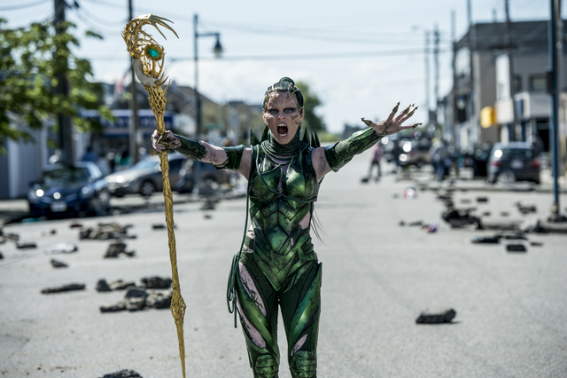 Power-Rangers-2017-movie-review-Elizabeth-Banks-as-Rita-Repulsa