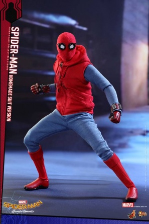 Spider-Man Homecoming Homemade Suit - battle ready