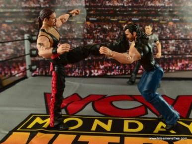 WWE nWo Wolfpac Kevin Nash Elite figure review - big boot to Scott Hall
