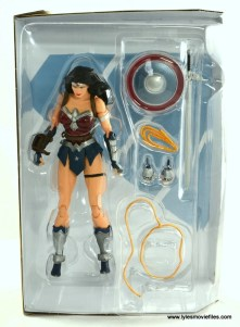 DC Icons Wonder Woman figure review - figure in tray