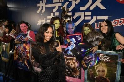 Guardians-of-the-Galaxy-Vol.-2-Tokyo-premiere-Zoe-Saldana-and-fans.