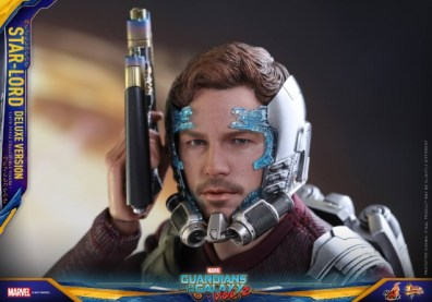 Hot Toys Guardians of the Galaxy Vol. 2 Star-Lord deluxe figure -masking sliding on