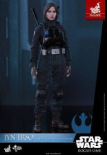 Hot Toys Jyn Erso Imperial Disguise figure - at ease