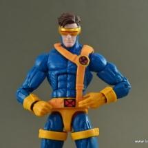 Marvel Legends Cyclops figure review -main pic