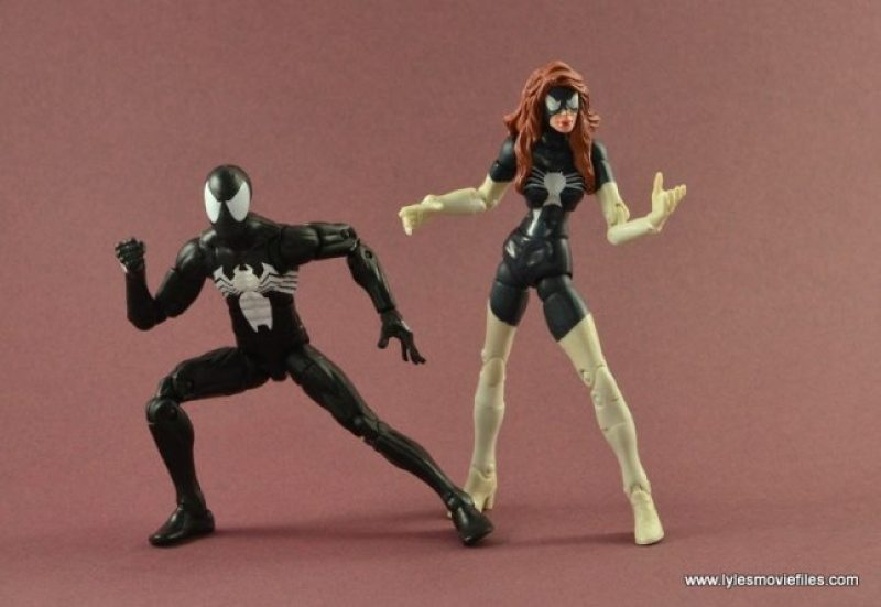 Marvel Legends Symbiote Spider-Man figure review - with Spider-Woman II