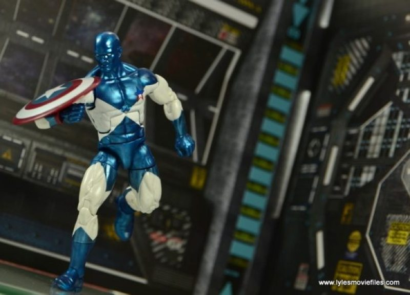 Marvel Legends Vance Astro figure review - running