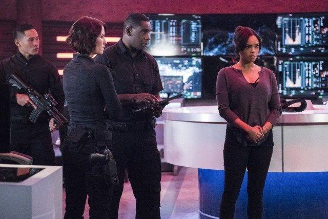 Supergirl The Martian Chronicles Alex, J'onn and M'gann