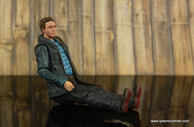 The Walking Dead Aaron figure review -sitting