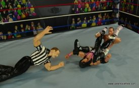 WWE Wrestlemania 12 Elite Shawn Michaels figure review - sunset flip