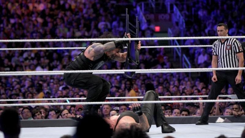 Wrestlemania 33 - Roman Reigns vs The Undertaker