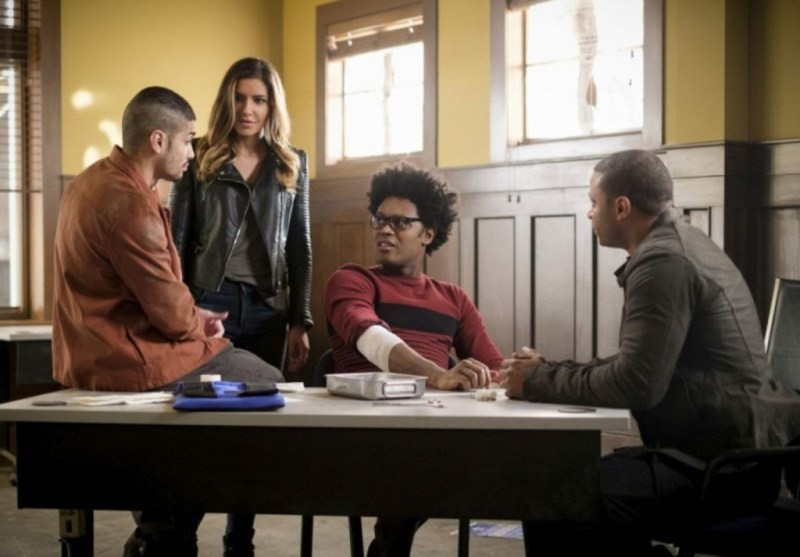 Arrow Underneath review - Rene, Dinah, Curtis and Diggle