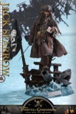 Hot Toys Capt Jack Sparrow figure -wide shot of base
