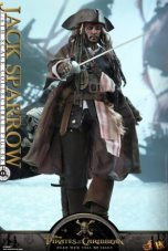 Hot Toys Capt Jack Sparrow figure -with sword