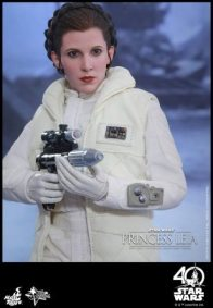Hot Toys Princess Leia Hoth figure -aiming pistol