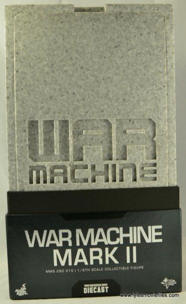 Hot Toys War Machine Age of Ultron figure review -front casing