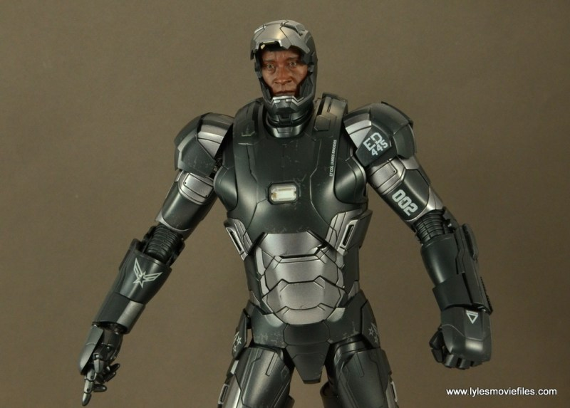 Hot Toys War Machine Age of Ultron figure review -mask up
