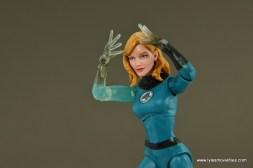 Marvel Legends Invisible Woman figure review -focusing