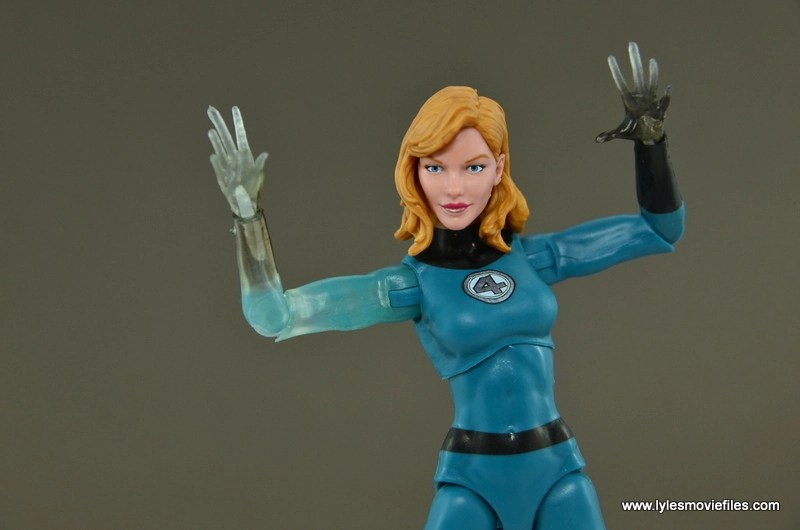 Marvel Legends Invisible Woman figure review -raising arms
